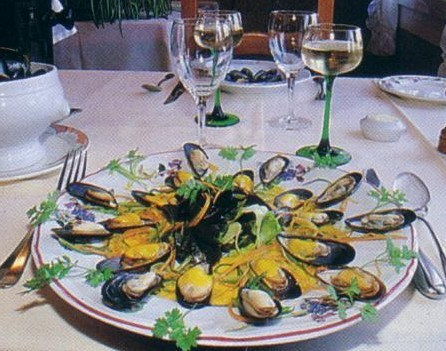 MOULES.JPG