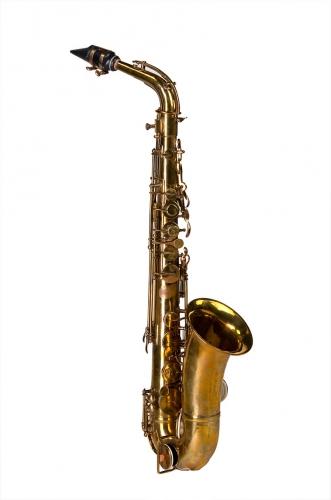 saxophone 0.jpg