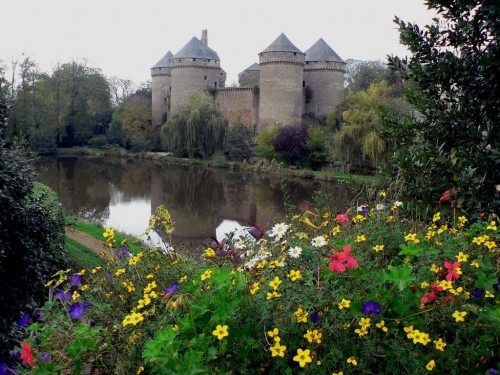 Lassay-les-Chateaux_9533_Le-Chateau.jpg