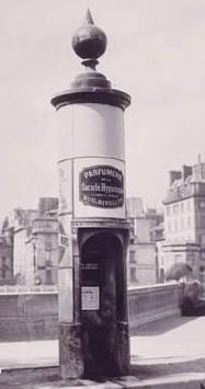 Colonne Rambuteau 1865.jpg