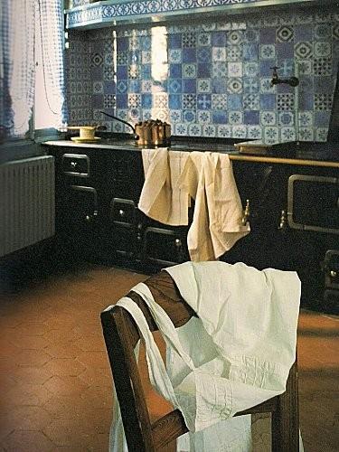 Cuisine-cote-gaziniere-ou-officiait-Marguerite-.jpg