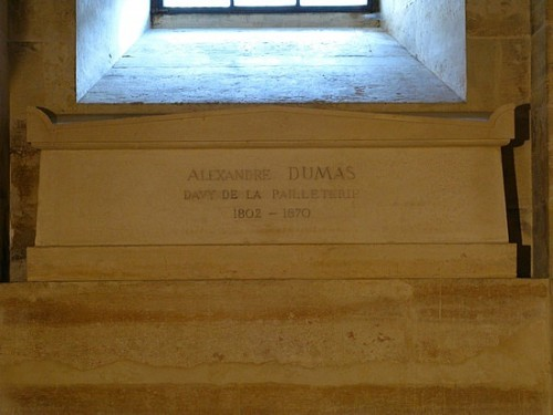 alexandre-dumas-pantheon.jpg
