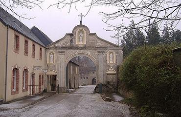 port salut abbaye 2.JPG