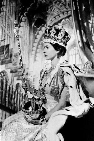 couronnement elisabeth 3.jpg